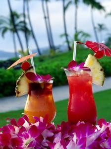Tropical Cocktails, Poipu, USA by Holger Leue