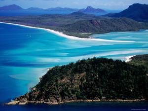 Whitsunday Island, Whitsunday Island, Queensland, Australia by Holger Leue