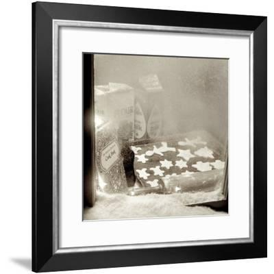 Holiday #8-Alan Blaustein-Framed Photographic Print