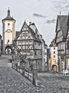 Germany, Rothenberg ob der Tauber, Ploenlein Triangular Place by Hollice Looney