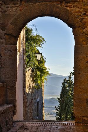 Italy, Pienza, Doorway to Tuscany