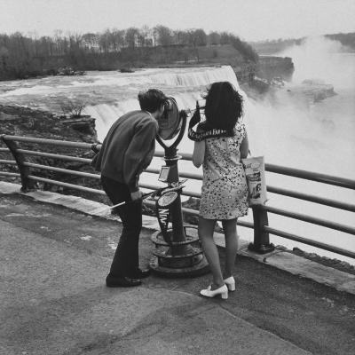 Honeymoon Couple, Colman Laposa Jr. and Wife, Gazing at the Niagara Falls-Yale Joel-Photographic Print