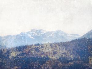 High Sierra IV by Hope Bainbridge