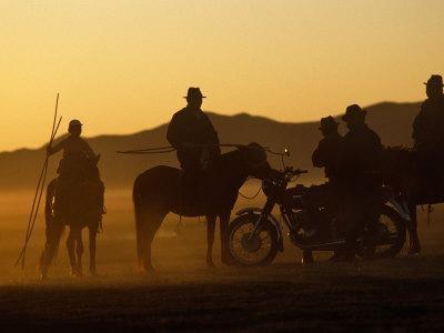https://imgc.artprintimages.com/img/print/horse-herders-returning-home-after-a-horse-festival-in-karakorum-hangai-province-mongolia_u-l-p8xscx0.jpg?p=0