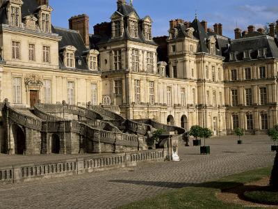 Horseshoe Staircase Dating from 1632-1634, Chateau of Fontainebleau, Seine-Et-Marne-Nedra Westwater-Photographic Print
