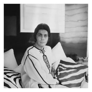 Vogue - April 1970 by Horst P. Horst