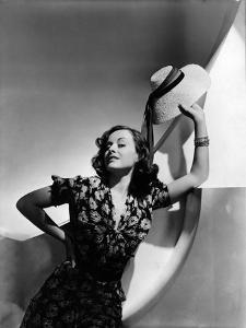 Vogue - December 1936 by Horst P. Horst
