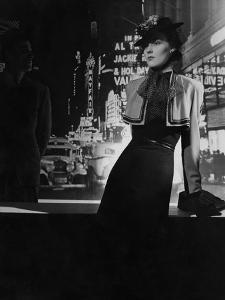 Vogue - February 1938 by Horst P. Horst