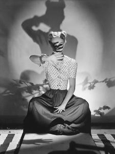 Vogue - June 1938 by Horst P. Horst