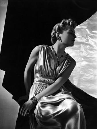 Vogue - May 1937