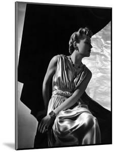 Vogue - May 1937 by Horst P. Horst