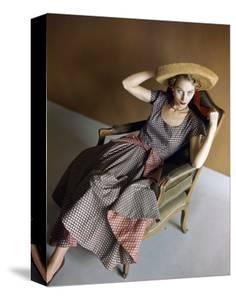 Vogue - May 1948 by Horst P. Horst