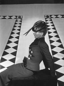 Vogue - October 1938 by Horst P. Horst