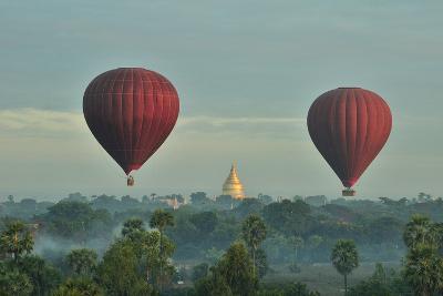 Hot Air Balloons over Bagan in Myanmar-Huang Xin-Photographic Print