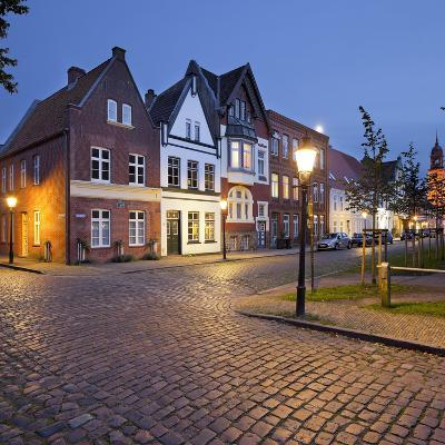 Houses at the Mittelburgwall (Street), Friedrichstadt, Schleswig-Holstein, Germany-Rainer Mirau-Photographic Print