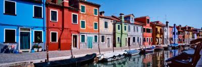 https://imgc.artprintimages.com/img/print/houses-at-the-waterfront-burano-venetian-lagoon-venice-italy_u-l-p9m5hh0.jpg?p=0