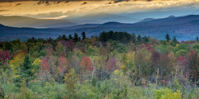 Fall Colors in the White Mountains, New Hampshire by Howie Garber
