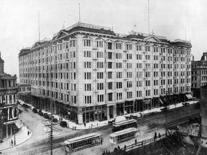 Palace Hotel by Hulton Archive