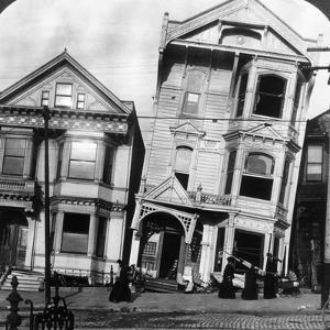 San Francisco 1906 by Hulton Archive
