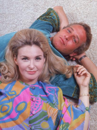 Husband and Wife Actors Paul Newman and Joanne Woodward-Mark Kauffman-Premium Photographic Print