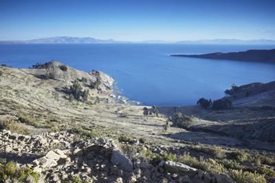 Isla del Sol (Island of the Sun), Lake Titicaca, Bolivia, South America