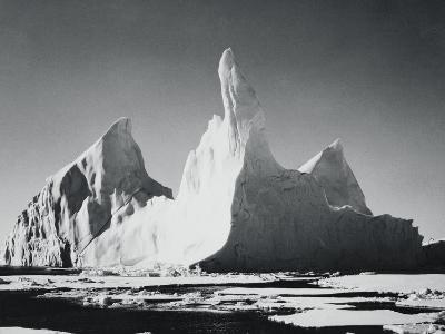 Iceberg Rising From Arctic Waters-Bettmann-Photographic Print