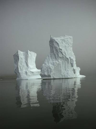 Iceberg-David Vaughan-Photographic Print