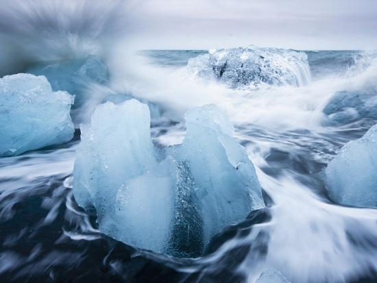 Icebergs from Vatnajokull Glacier, North Atlantic, Jokulsarlon, Skaftafell National Park, Iceland-Paul Souders-Photographic Print