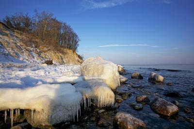 Iced Up Brodten Shore Near TravemŸnde in the Morning Light-Uwe Steffens-Photographic Print