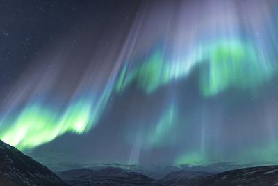https://imgc.artprintimages.com/img/print/iceland-akureyri-the-northern-lights-glow-in-unbelievable-colors_u-l-q1d52gv0.jpg?p=0