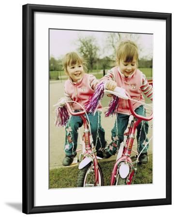 Identical Twin Girls-Ian Boddy-Framed Photographic Print
