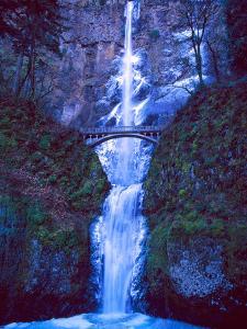 Multnomah Falls Winter by Ike Leahy