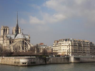 Ile De La Cite and Notre Dame Cathedral, Paris, France, Europe-Martin Child-Photographic Print