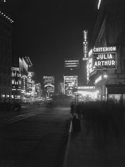 Illuminated Signs in Times Square, New York City, 1917-William Davis Hassler-Photographic Print