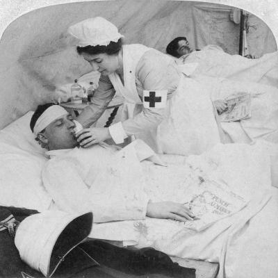 In a British Field Hospital on the Tugela River, South Africa, 2nd Boer War, 1900-Underwood & Underwood-Giclee Print