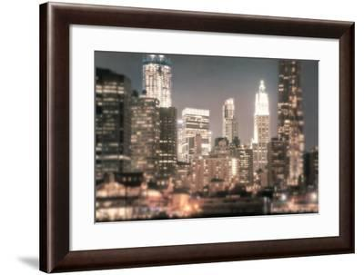 In a New York Minute-Natalie Mikaels-Framed Photographic Print