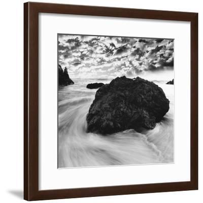 IN13501_1-PhotoINC Studio-Framed Art Print