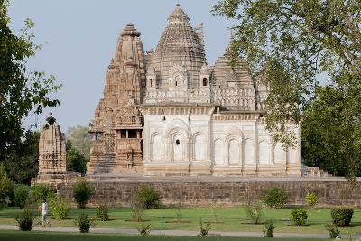India, Khajuraho, Madhya Pradesh State Temple from the Chandella Dynasty and Grounds-Ellen Clark-Photographic Print