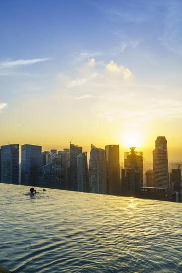 Infinity Pool on Roof of Marina Bay Sands Hotel with Spectacular Views over Singapore Skyline-Fraser Hall-Photographic Print