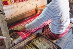 Myanmar. Shan State. Inle Lake. Ko Than Hlaing silk and lotus weaving center. by Inger Hogstrom