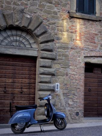 Scooter, Preggio, Umbria, Italy