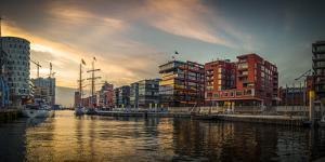 Germany, Hamburg, Hafencity, Magellan Terrassen, Sandtorkai, Sandtorhafen by Ingo Boelter