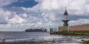 Germany, Schleswig - Holstein, BrunsbŸttel (Town), Lock, Lighthouse, Mole 1 (Jetty) by Ingo Boelter