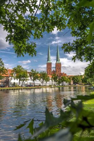 Germany, Schleswig - Holstein, LŸbeck (City), Old Town, Cathedral, Trave (River)