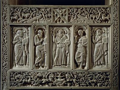 https://imgc.artprintimages.com/img/print/inlaid-wood-and-ivory-paleochristian-sculpture-depicting-the-chair-of-bishop-maximian_u-l-pq7pjy0.jpg?p=0