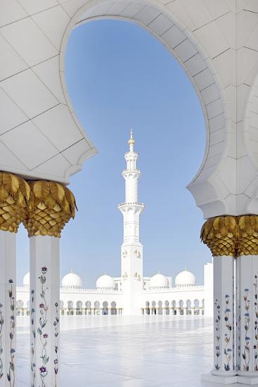 Inner Courtyard, Sheikh Zayed Bin Sultan Al Nahyan Moschee, Al Maqtaa-Axel Schmies-Photographic Print