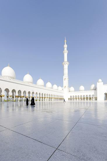 Inner Courtyard, Sheikh Zayed Bin Sultan Al Nahyan Mosque, Al Maqtaa-Axel Schmies-Photographic Print