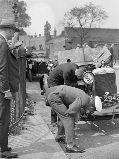 Inspecting the Star car of B Mott-Bill Brunell-Photographic Print