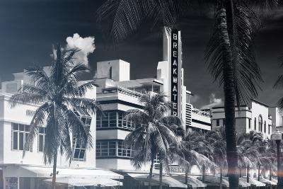 Instants of Series - Art Deco Architecture of Miami Beach - The Esplendor Hotel Breakwater-Philippe Hugonnard-Photographic Print