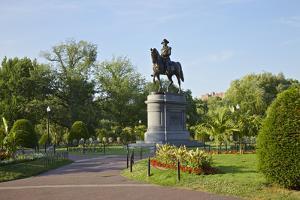 Park in Boston by instinia